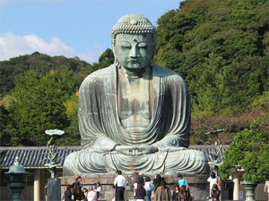 Daibutsu in Kamakura (a big buddha) is a statue of Gautama Buddha.Photo by globetrotter_rodrigo